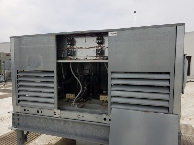 (4) Traulsen S/S Single Rack Blast Chiller, M/N RBC200-28, Refrigerant 404A, with Roof Top Condenser Unit