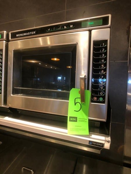 Menumaster Commercial Microwave, Model MRC22S2, 1 CuFt Interior Space, 2200 Power Output (Located at 6300 Northway Mall Dr., Pgh., PA 15237)