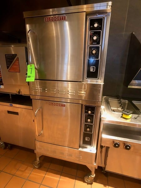 "Blodgett Premium Series Convection Oven, 27,500 BTU, Model DFG-50, S/N 062817SA017T, 30 1/4"" W x 25 1/8"" D x 34"" H (Located at 6300 Northway Mall Dr., Pgh., PA 15237)"