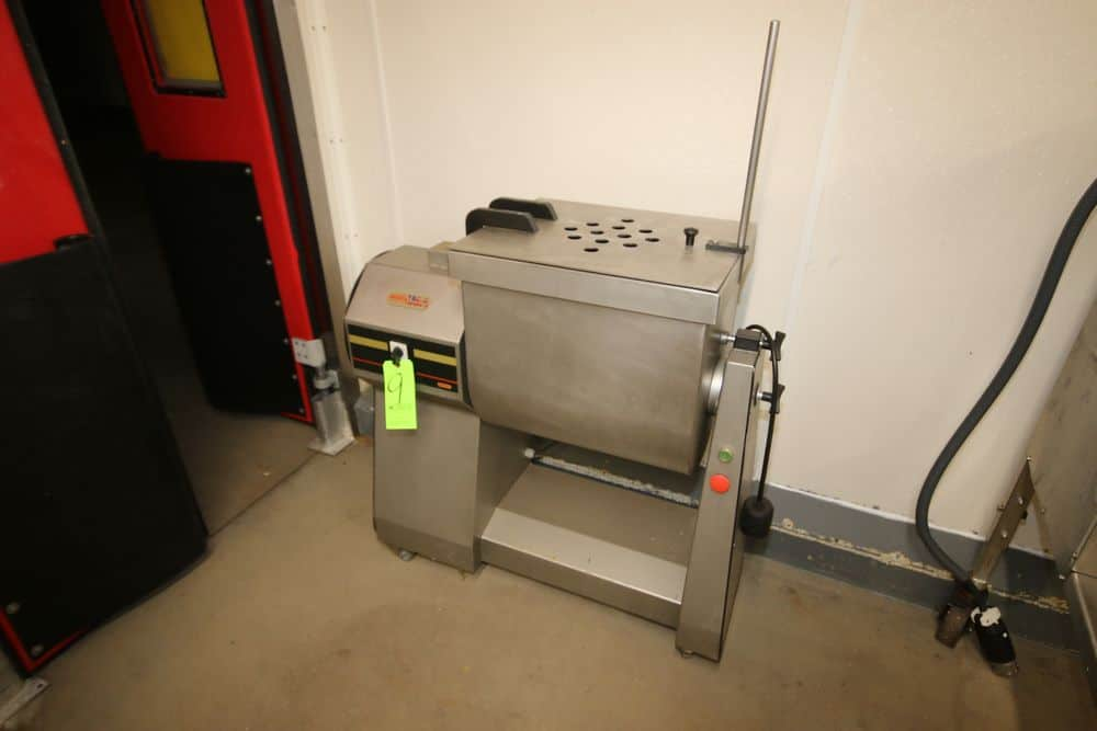 Manica S/S Paddle Blender, M/N RM-90, S/N 2726, 220 Volts, 3 Phase, Mounted on Portable S/S Frame (LOCATED IN GLOUCESTER, MA)